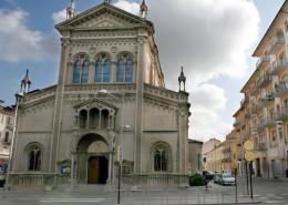 Chiesa-con-via